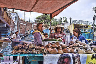 Word Signs - Oyster and clam vendors by Hugh Smith