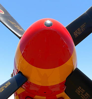 Photograph - P51 Nose Prop by Jeff Lowe