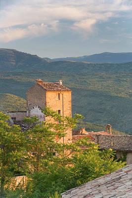 Adam Photograph - Pacentro Near Sulmona, Abruzzo, Italy by Peter Adams