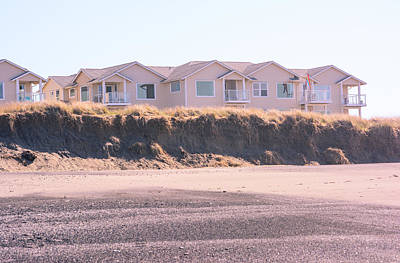 Photograph - Pacific Beach House by Tikvah's Hope