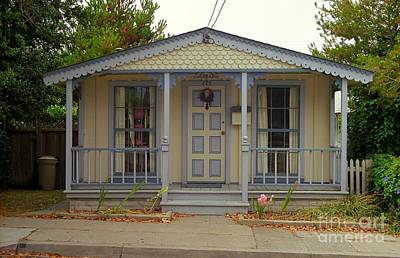 Photograph - Pacific Grove Cottage by James B Toy