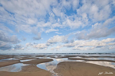 Pacific Ocean Beach At Low Tide Art Print