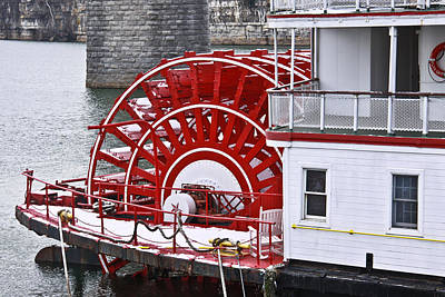 Photograph - Paddle Wheel by Tom and Pat Cory