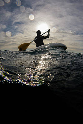 Oar Photograph - Paddling On The Sea by William Rhamey - Azur Diving