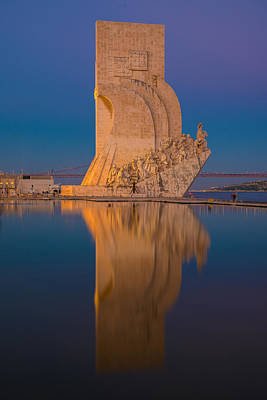 Photograph - Padrao Dos Descobrimentos by Mark Robert Rogers