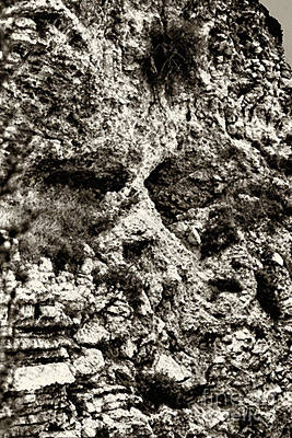 Calvary Digital Art - Paid In Full At Golgotha by Thomas R Fletcher