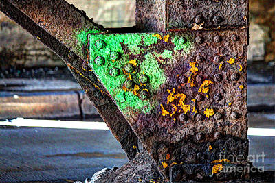Photograph - Paint And Rust 32 by Jim Wright