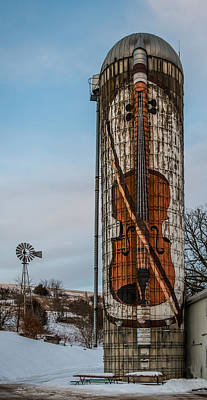 Country Scene Photograph - Painted Silo by Paul Freidlund