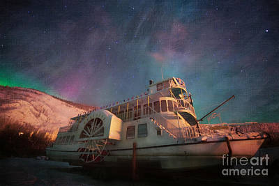 Painterly Northern Lights Art Print by Priska Wettstein