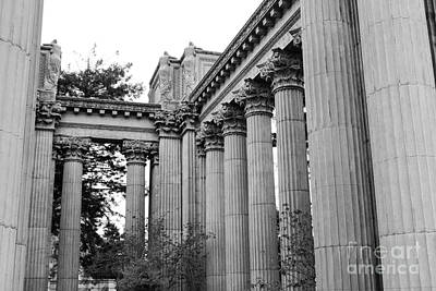 Photograph - Palace Of Fine Arts Columns Bw by Suzanne Luft