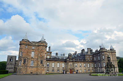 Palace Of Holyroodhouse Art Print