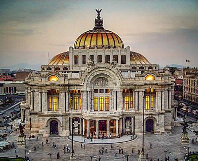 Palacio De Bellas Artes Art Print