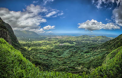 Photograph - Pali Lookout by Chris Multop