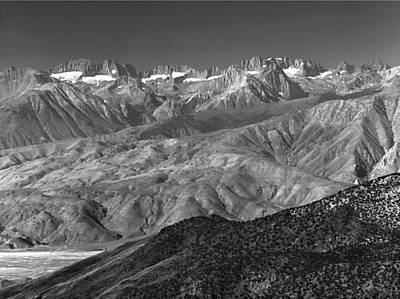 Photograph - 4m6475-bw-palisade Group From Sierra Point Bw by Ed  Cooper Photography