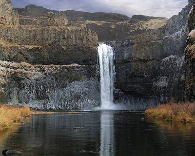 Palouse Falls In The Winter Art Print by Farol Tomson