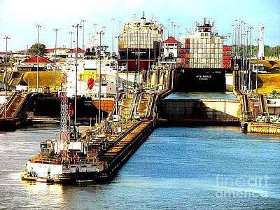 Photograph - Panama Canal Entrance by John Potts