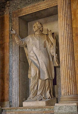 Photograph - Pantheon Statue 2 by Herb Paynter
