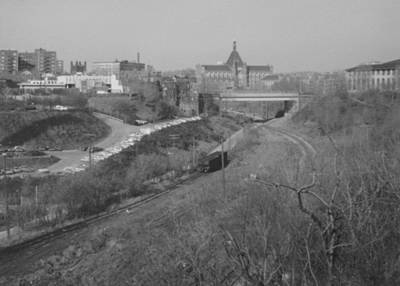 Carnegie Museum Photograph - Panther Hollow Pittsburgh Pa by Joann Renner