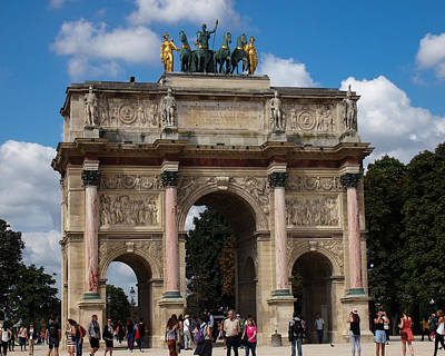 Arc De Triomphe Du Carrousel Wall Art - Photograph - Paris- Arc De Triomphe Du Carrousel by Jan Garcia