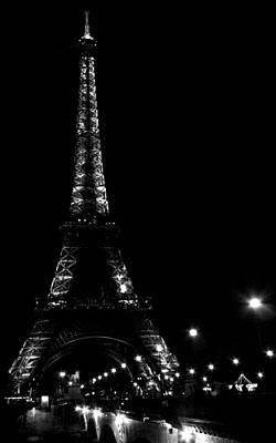 Black And White Photograph - Paris At Night by Heather Applegate