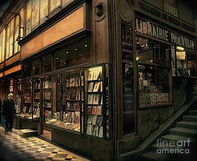 Painting - Paris Bookshop by Louise Fahy