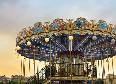 Photograph - Paris Carrousel At Sunset by Heidi Hermes
