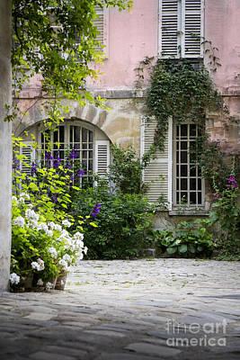 Pasta Al Dente - Paris Courtyard by Brian Jannsen