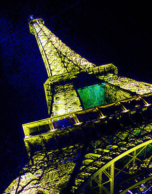Photograph - Paris Eiffel Tower by Mieczyslaw Rudek