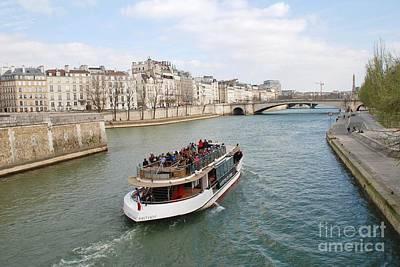 Photograph - Paris Excursion Boat by David Fowler
