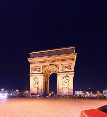 Paris France - Arc De Triomphe - 01131 Art Print by DC Photographer