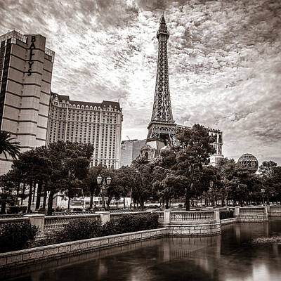 Photograph - Paris Las Vegas by Chris Bordeleau