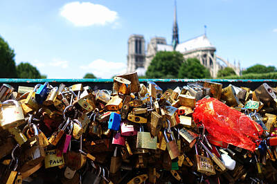 Photograph - Paris Pont Des Arts Love Locks With Notre Dame In The Background by Toby McGuire