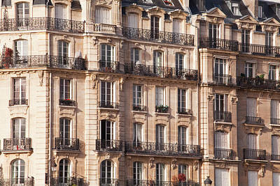 Photograph - Parisian Apartment Building On The Ile by Julian Elliott Photography