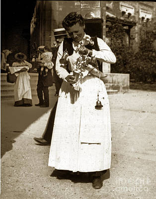 Photograph - Parisian Woman Lady Paris France 1900 Historical Photo by California Views Mr Pat Hathaway Archives
