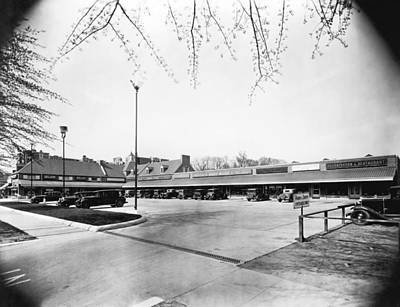 Shopping Center Photograph - Park & Shop Early Strip Mall by Underwood Archives