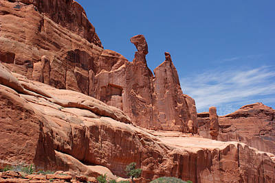 Photograph - Park Avenue Arches National Park by Mary Bedy