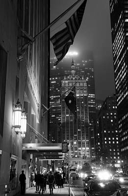 Photograph - Park Avenue At Night 1b by Andrew Fare
