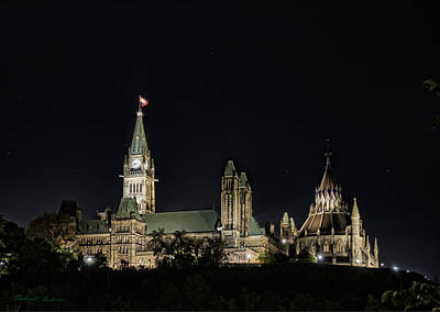 Photograph - Parliament From The Park by Robert Culver