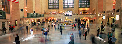 Grand Central Station Photograph - Passengers At A Railroad Station, Grand by Panoramic Images