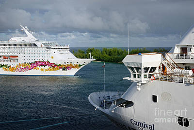 Passing Cruise Ships Art Print
