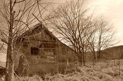 Photograph - Patchwork Barn by Linda Shannon Morgan