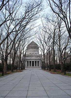 Photograph - Path To Grants Tomb by Robert  Moss