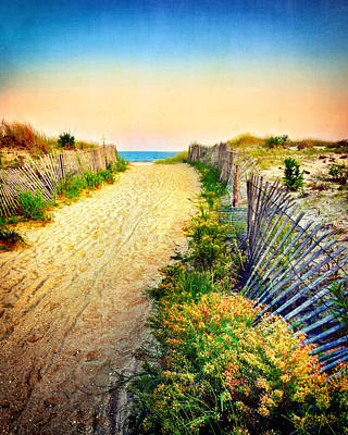 Photograph - Path To The Beach by Carolyn Derstine