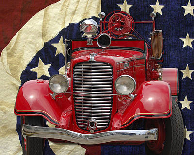 Photograph - Patriotic Fire Truck by William Havle