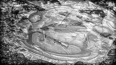 Photograph - Patterns In Ice 2 by Ronda Broatch