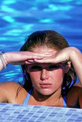 Photograph - Patti Hansen In A Swimming Pool by Arthur Elgort