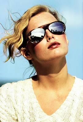 Photograph - Patti Hansen Wearing Mirrored Sunglasses by Arthur Elgort
