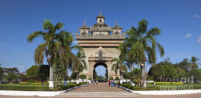 Patuxai Photograph - Patuxai Triumphal Arch In Vientiane by Roberto Morgenthaler