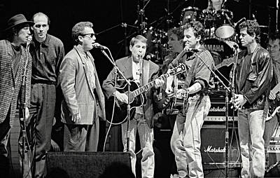 Paul Simon And Friends Art Print by Chuck Spang