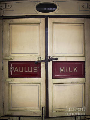 Photograph - Paulus Dairy Milk Wagon by Colleen Kammerer